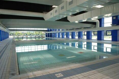"""La piscine de Martigues est adaptée aux petits et aux grands !<span class=""""normal italic petit"""">DR</span>"""