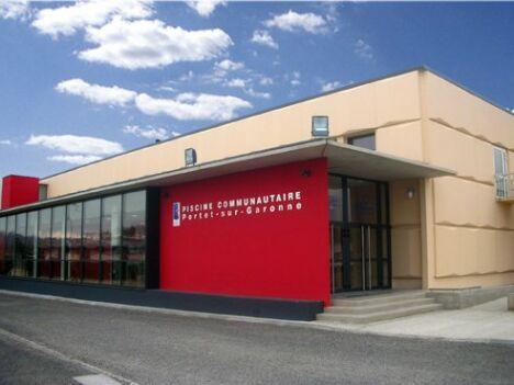"""Piscine municipale à Portet sur Garonne<span class=""""normal italic petit"""">DR</span>"""