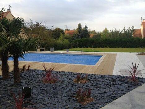 Piscines brin d 39 herbe piscines magiline verneuil sur for Construction piscine yvelines