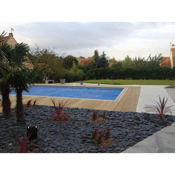 Piscines brin d 39 herbe piscines magiline verneuil sur for Piscine yvelines
