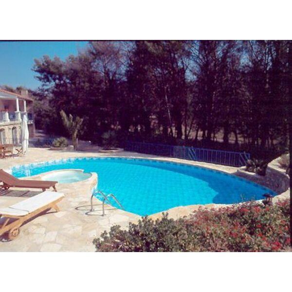 Piscines cote bleue martigues pisciniste bouches du for Camping cote bleue avec piscine