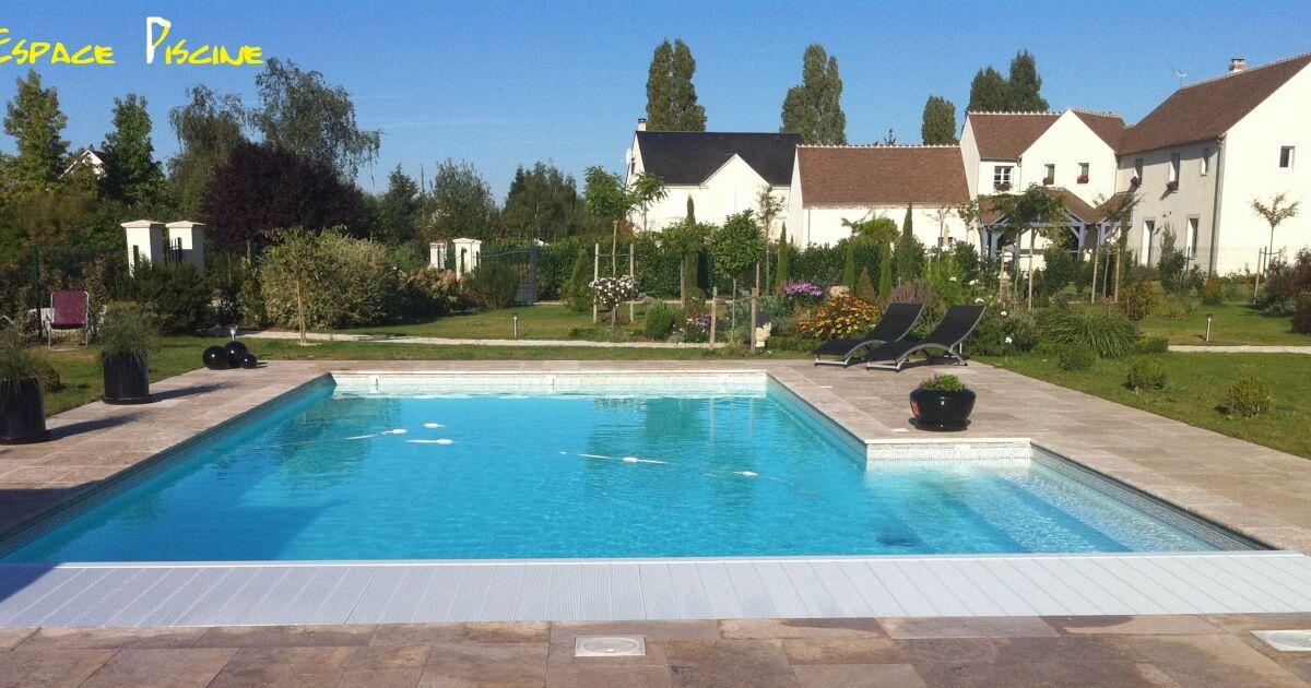 Piscines du centre darvoy pisciniste loiret 45 for Construction piscine orleans
