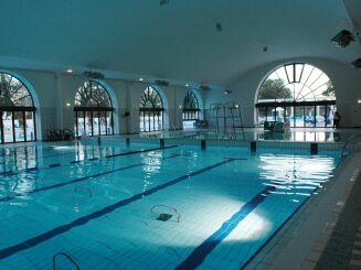 piscine du palais des sports de puteaux horaires tarifs et t l phone. Black Bedroom Furniture Sets. Home Design Ideas