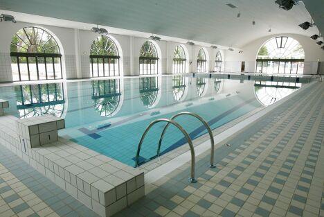 Piscine du palais des sports de puteaux horaires tarifs - Horaires piscine petite amazonie ...