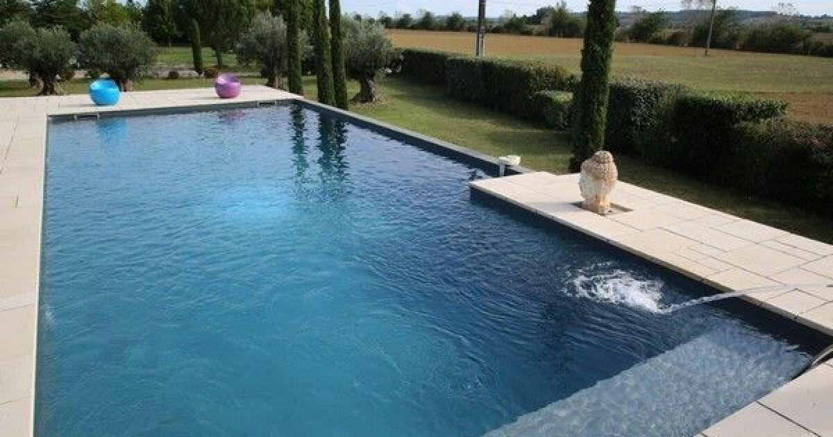 les plus belles piscines avec vue en photos admirez le paysage piscines marinal b ton. Black Bedroom Furniture Sets. Home Design Ideas