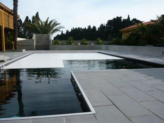 Volet de piscine Marinal© Piscines Marinal
