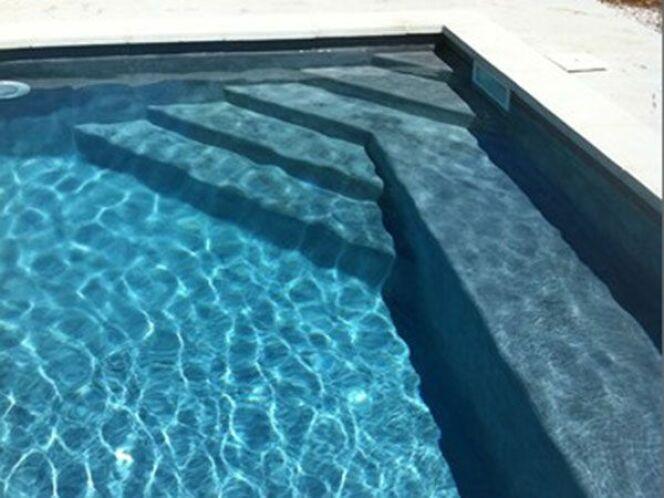 Escaliers de piscine et plages immerg es escalier for O piscine de martin