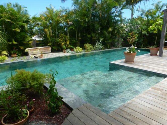Piscines marinal leurs plus belles r alisations for Carreler une piscine