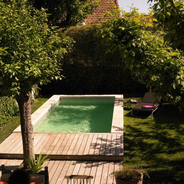 Piscines sud evasion desjoyaux salon de provence for Salon de piscine