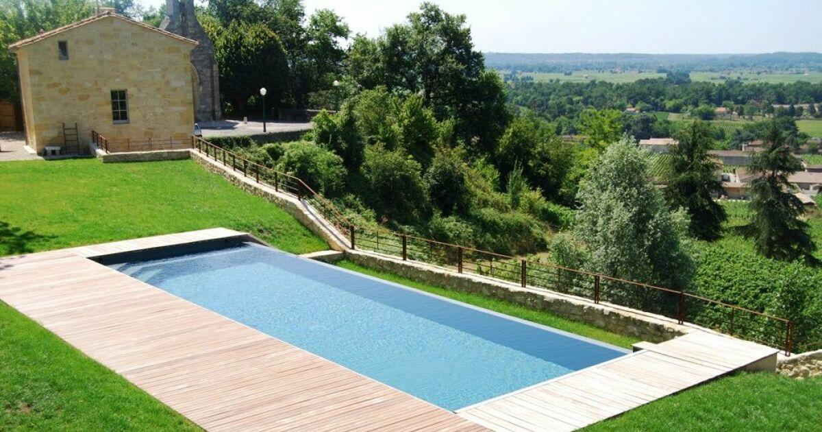 Piscines sud oc an l 39 esprit piscine libourne for Construction piscine 38