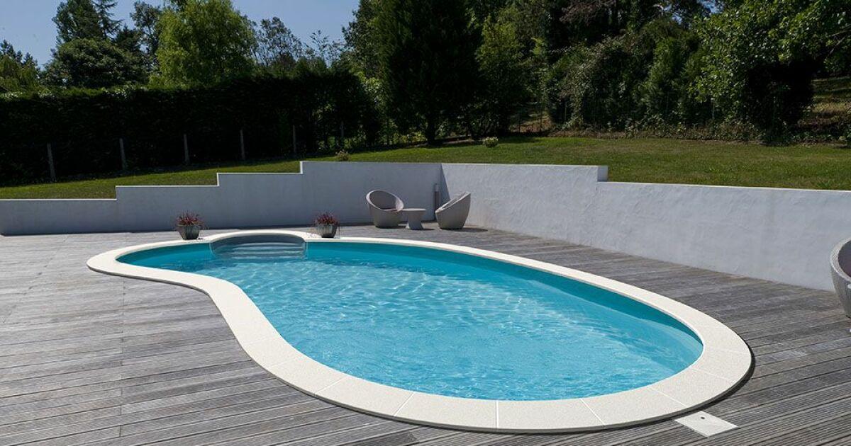Piscines waterair dans les pyr n es atlantiques pau for Construction piscine pau
