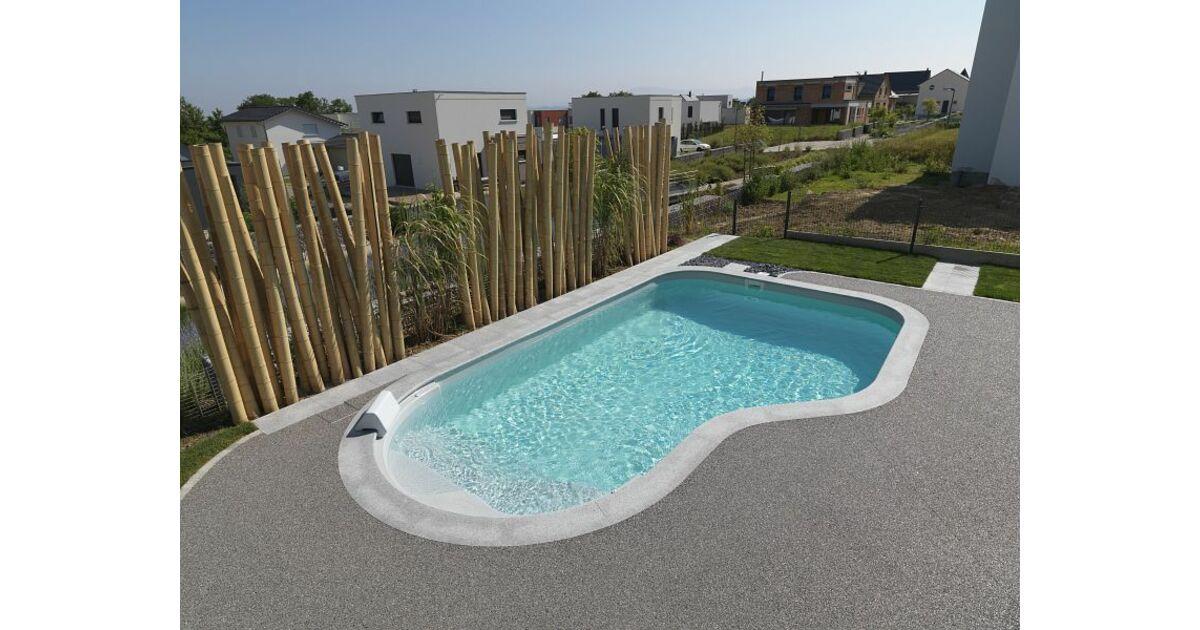 Piscines waterair dans la loire saint tienne for Accessoires piscine waterair