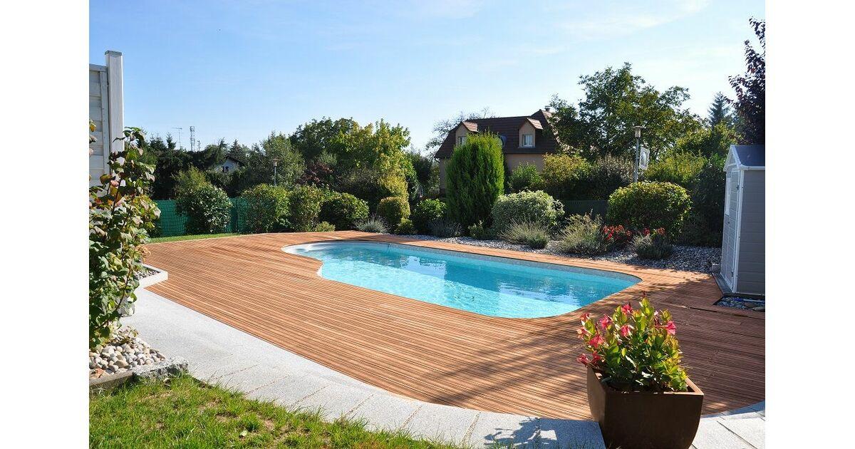 piscines waterair dans la manche saint l pisciniste. Black Bedroom Furniture Sets. Home Design Ideas