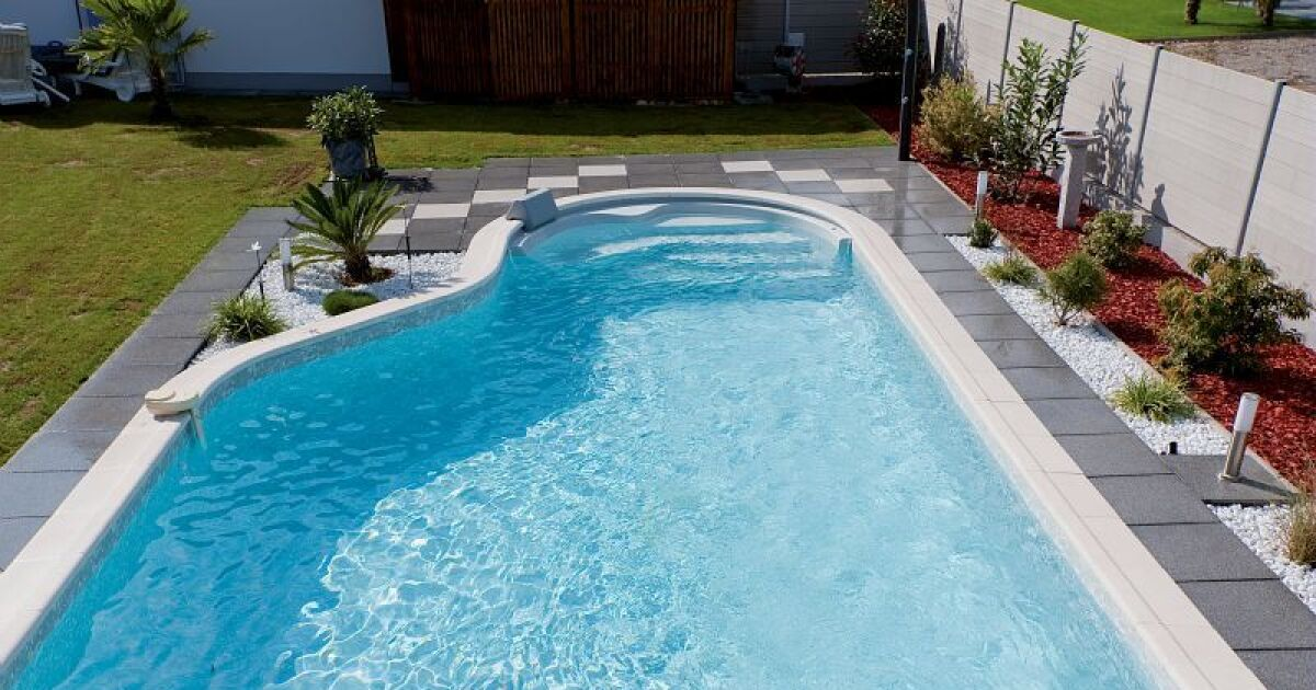 Piscines waterair en haute marne chaumont pisciniste for Piscine chaumont 52
