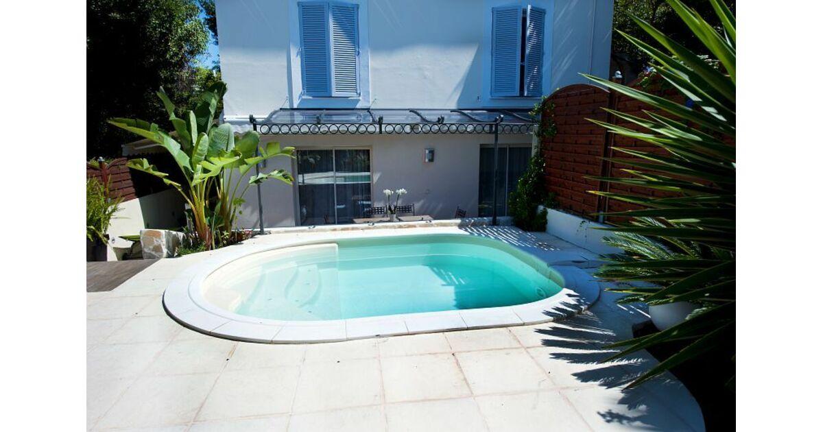 piscines waterair saint pierre et miquelon st pierre. Black Bedroom Furniture Sets. Home Design Ideas