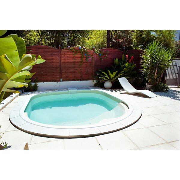 piscines waterair en ard che privas pisciniste. Black Bedroom Furniture Sets. Home Design Ideas