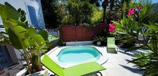 Construire et entretenir sa piscine le guide des for Aquapolis piscine chateauroux