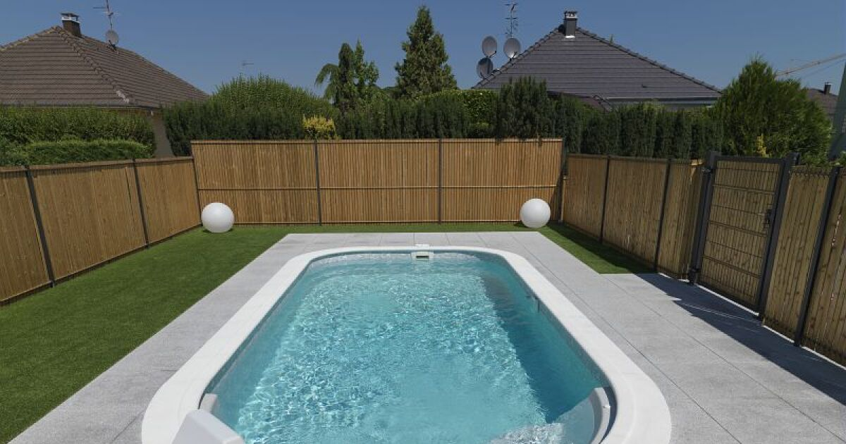 piscines waterair dans le finist re quimper pisciniste finist re 29. Black Bedroom Furniture Sets. Home Design Ideas