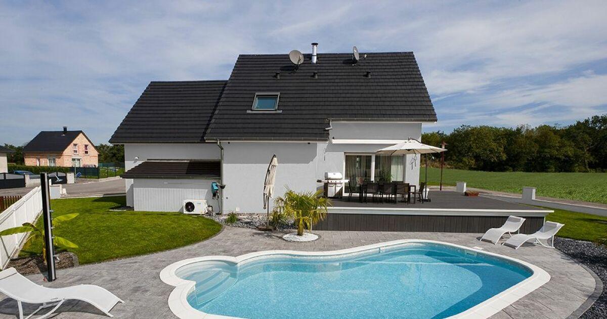 piscines waterair dans le bas rhin strasbourg pisciniste bas rhin 67. Black Bedroom Furniture Sets. Home Design Ideas