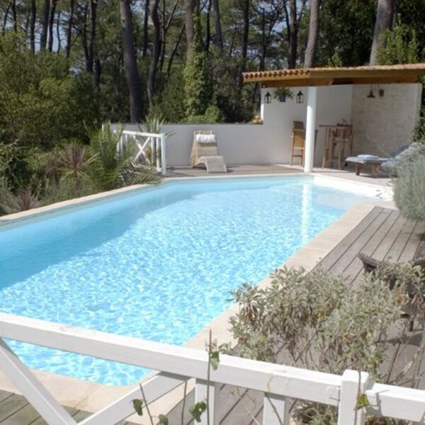 piscines carr bleu draguignan trans en provence. Black Bedroom Furniture Sets. Home Design Ideas