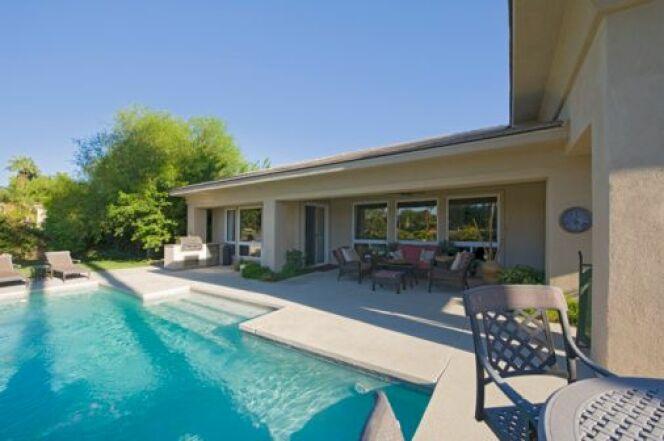 """Placement immobilier : l'achat d'une maison avec piscine, un bon plan ?<span class=""""normal italic petit"""">© moodboard</span>"""