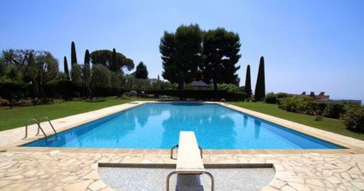 le plancher de la piscine surface de fond. Black Bedroom Furniture Sets. Home Design Ideas