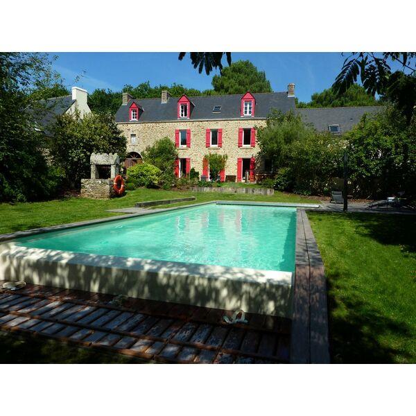 le planning d entretien de votre piscine en t. Black Bedroom Furniture Sets. Home Design Ideas