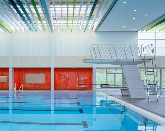 Plongeoir et bassin sportif