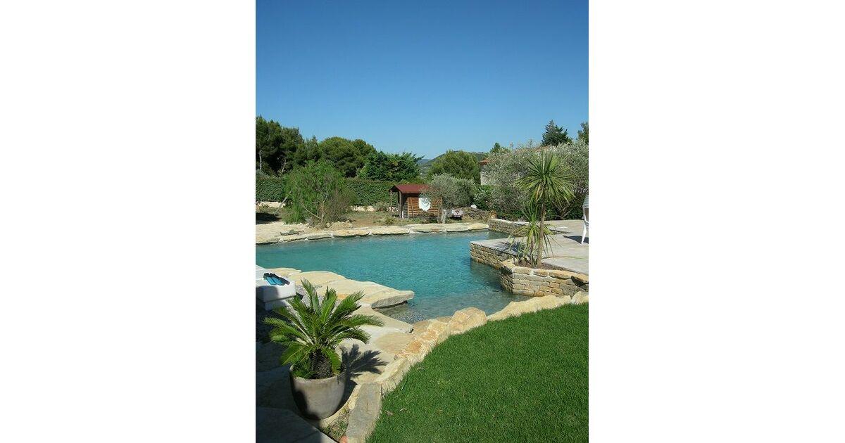 Piscine pole general de l 39 eau roquefort la b doule for Construction piscine 79