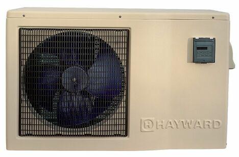 """La pompe à chaleur EasyTemp permet de maintenir l'eau du bassin à bonne température tout en réalisant des économies.<span class=""""normal italic petit"""">© Hayward Pool Europe</span>"""