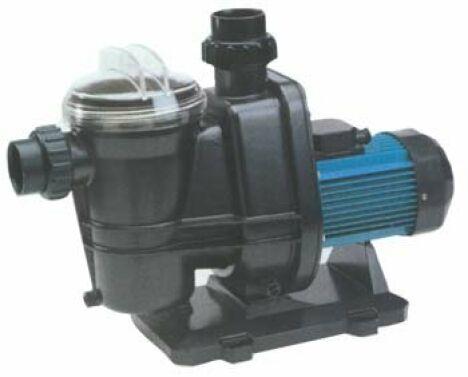 """Pompe centrifuge, monocellulaire, auto-amorçante avec pré-filtre incorporé<span class=""""normal italic petit"""">© Mareva - Piscines & Filtrations</span>"""