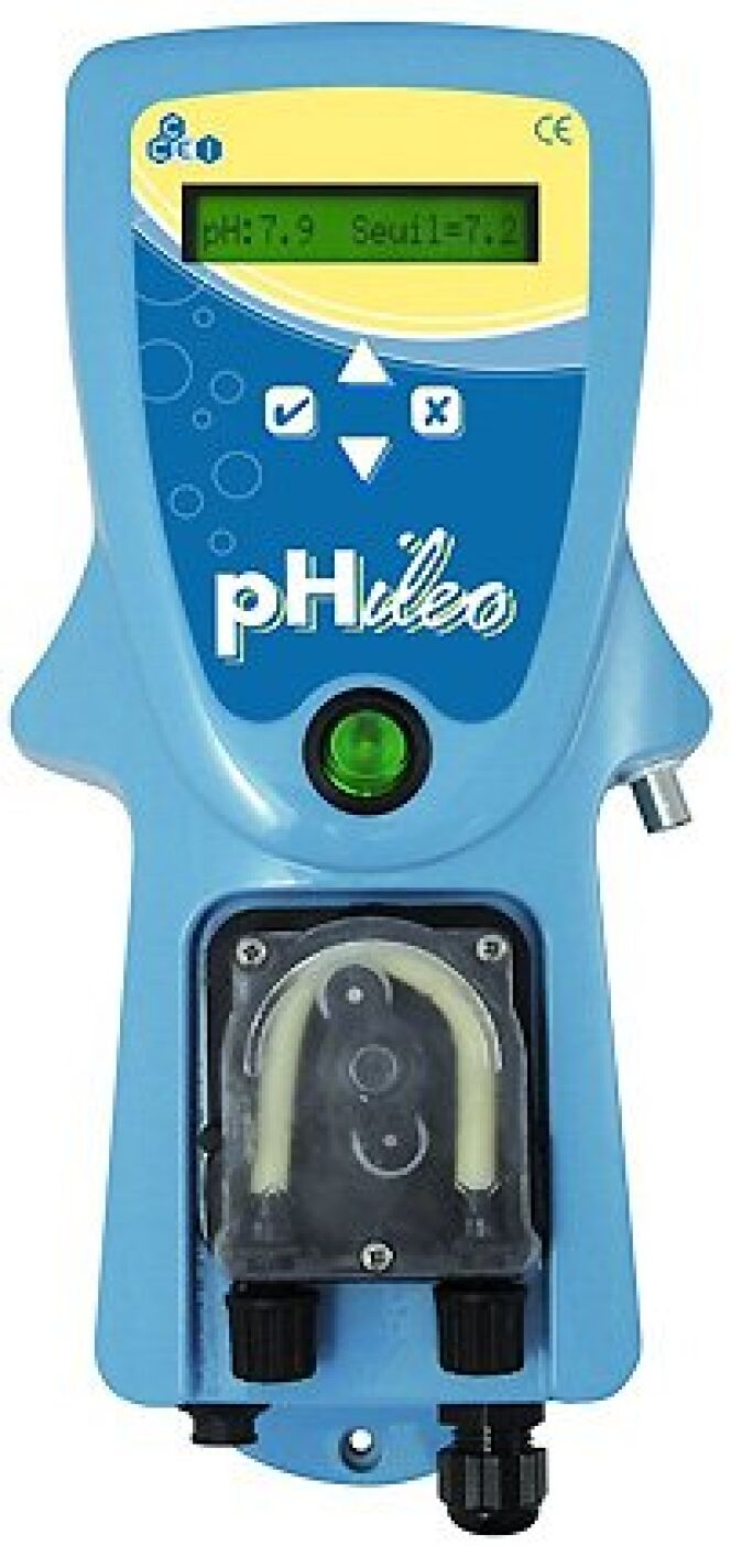 """Pompe doseuse Phileo régulation du pH<span class=""""normal italic petit"""">© Phileo</span>"""
