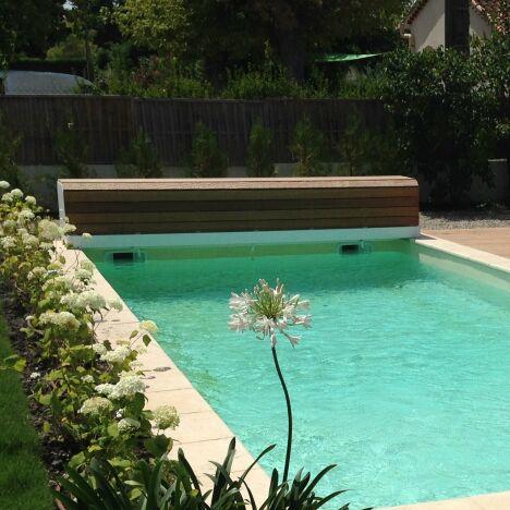"Pool Consult Piscines Geko<span class=""normal italic petit"">© Pool Consult Piscines Geko</span>"