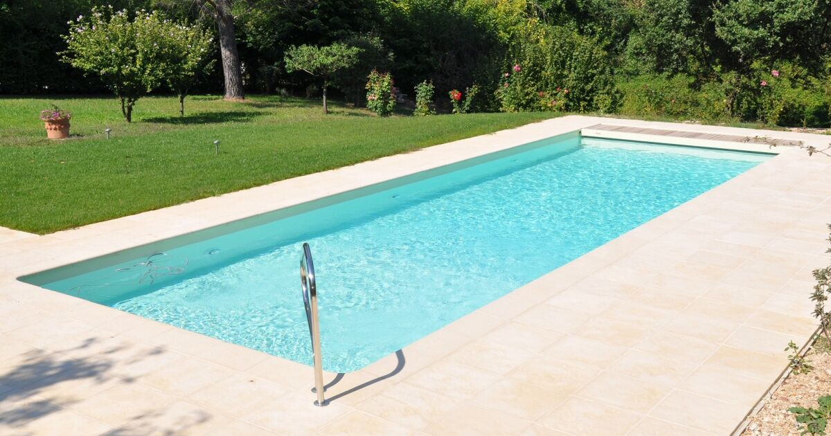 Pool consult piscines geko cavaillon pisciniste for Construction piscine 79