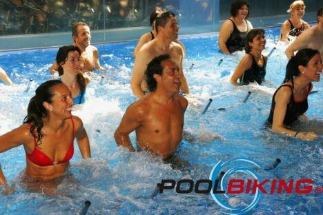 Piscine poolbiking guilherand granges pisciniste for Piscine 07500