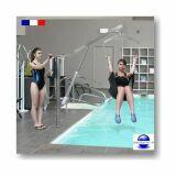 Potence de piscine motorisée pour personne handicapé