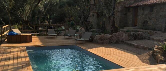 """Pour tout achat d'une piscine """"Prêt à Nager"""" + 1€, Piscines Ibiza vous offre une pompe à chaleur<span class=""""normal italic petit"""">© Piscines Ibiza</span>"""
