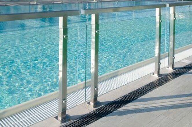 """Pour un été sans danger, révisez la sécurité de votre piscine<span class=""""normal italic petit"""">© AP - Fotolia.com</span>"""