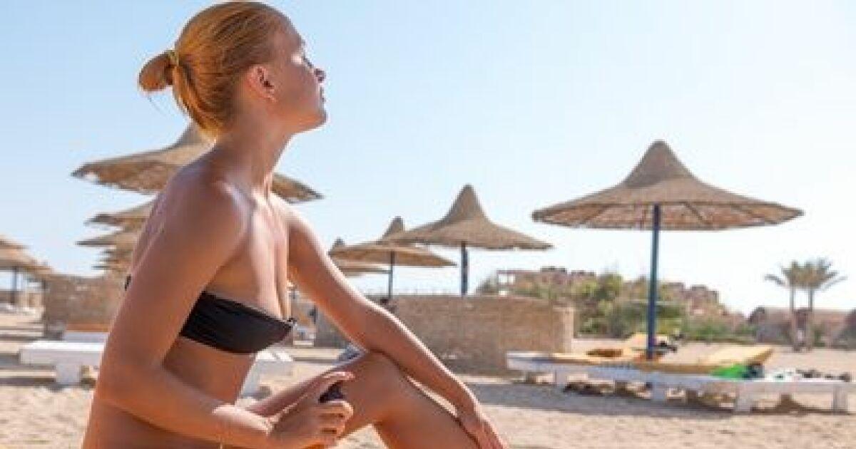 dossier prendre soin de sa peau la plage ou la piscine. Black Bedroom Furniture Sets. Home Design Ideas
