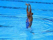 Préparation des cheveux en natation synchronisée