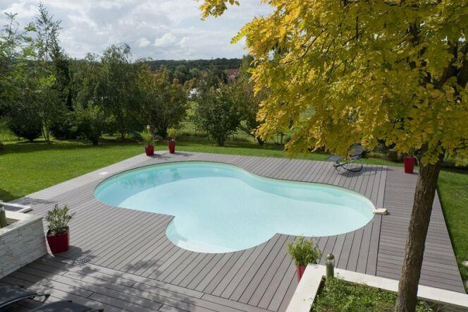 """Le printemps : idéal pour construire ma piscine ?<span class=""""normal italic petit"""">© Waterair</span>"""