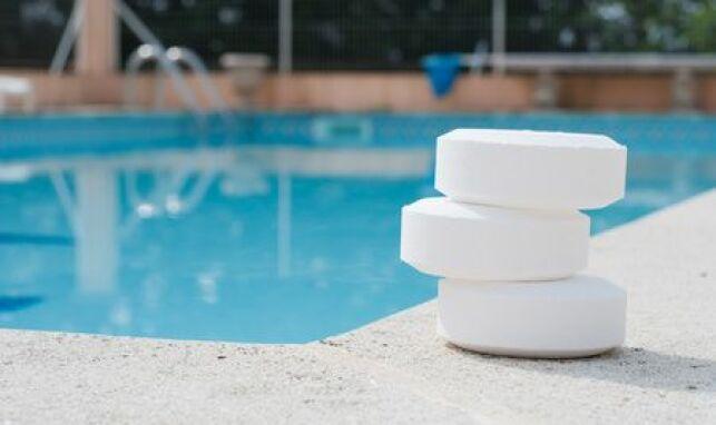 Prix d'un traitement au chlore pour la piscine.