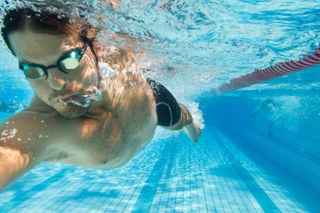 Prix d'une combinaison de natation
