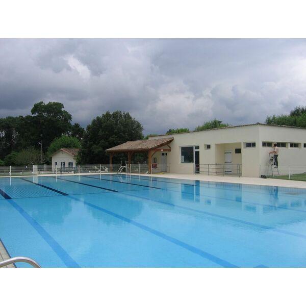 Piscine prod composites g nissac libourne for Construction piscine yvelines