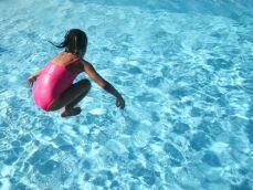 Quand et comment inscrire mon enfant à la natation ?