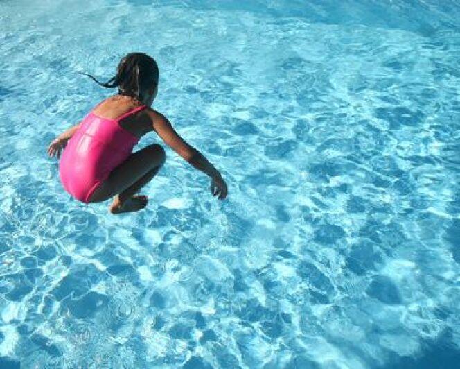 """Quand et comment inscrire mon enfant à la natation ?<span class=""""normal italic petit"""">DR</span>"""