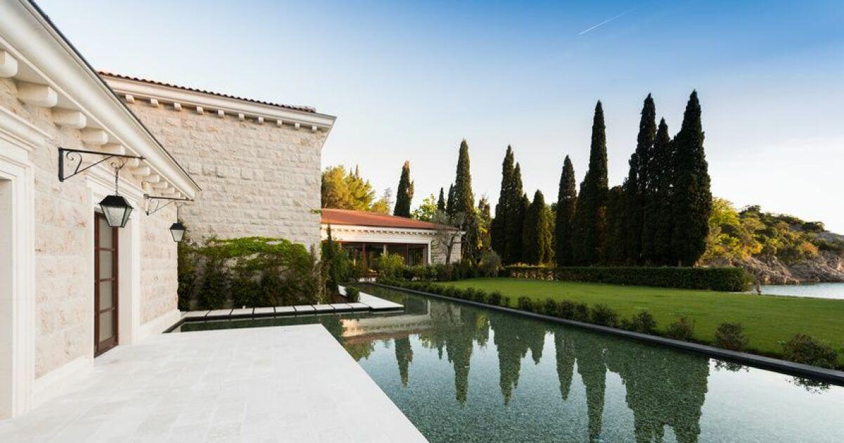 Actualit pr voir son budget pour l 39 achat d 39 une piscine for Prix piscine aquilus