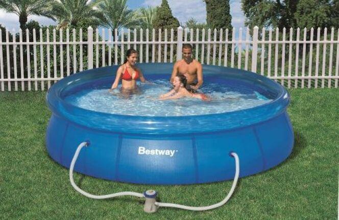 """Quel prix pour la pose d'une piscine ? <span class=""""normal italic petit"""">© Bestway</span>"""
