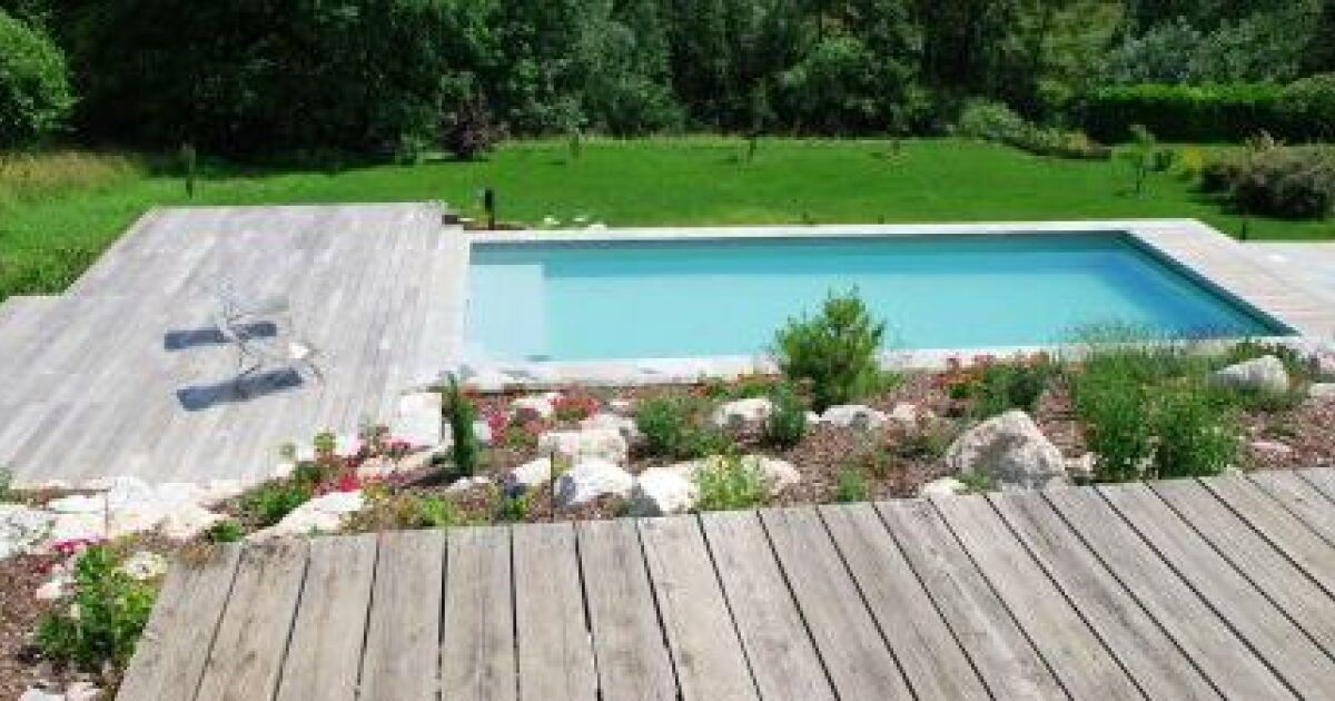 Beautiful amenagement autour d une piscine photos - Amenagement d une piscine ...