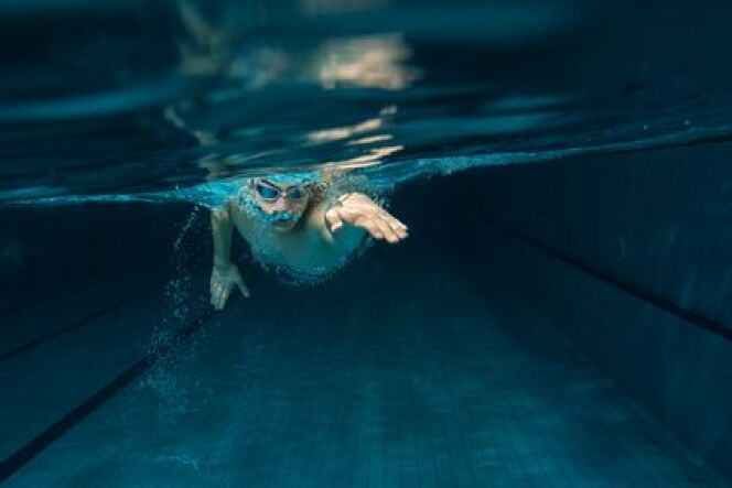 "Qui peut enseigner la natation ?<span class=""normal italic petit"">© Fotolia</span>"